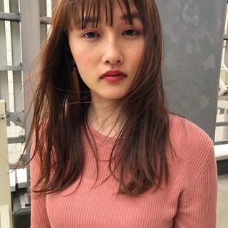 アンニュイほつれヘア ミディアム パーマ ナチュラル ヘアスタイルや髪型の写真・画像