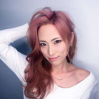 ミルクティー グラデーションカラー ハイライト インナーカラー ヘアスタイルや髪型の写真・画像