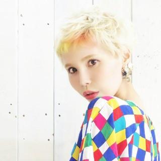 ハイトーン ショート ブリーチ 簡単ヘアアレンジ ヘアスタイルや髪型の写真・画像