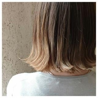 ボブ ストレート グラデーションカラー イルミナカラー ヘアスタイルや髪型の写真・画像