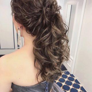 女子力 ウェーブ 結婚式 ロング ヘアスタイルや髪型の写真・画像