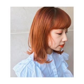 アプリコットオレンジ ストリート 切りっぱなし ミディアム ヘアスタイルや髪型の写真・画像