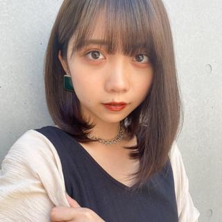 ミディアム ミディアムレイヤー ナチュラル ロブ ヘアスタイルや髪型の写真・画像