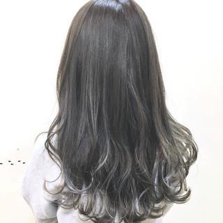 ブリーチ フェミニン グレージュ ロング ヘアスタイルや髪型の写真・画像