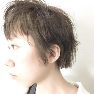夏 パーマ ショート アッシュ ヘアスタイルや髪型の写真・画像