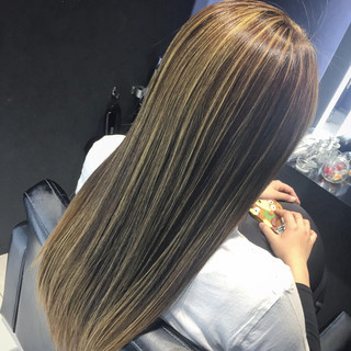 グラデーションカラー 大人かわいい 外国人風 ロング ヘアスタイルや髪型の写真・画像