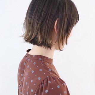 アンニュイほつれヘア ボブ ハイライト インナーカラー ヘアスタイルや髪型の写真・画像 ヘアスタイルや髪型の写真・画像