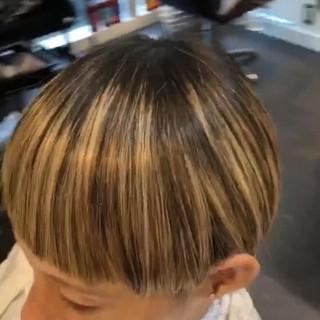 バレイヤージュ ハイライト グラデーションカラー ナチュラル ヘアスタイルや髪型の写真・画像 ヘアスタイルや髪型の写真・画像
