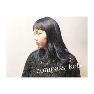 透明感 ミディアム ネイビーアッシュ パープル ヘアスタイルや髪型の写真・画像 ヘアスタイルや髪型の写真・画像