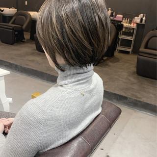 大人ハイライト ショート バレイヤージュ 透明感カラー ヘアスタイルや髪型の写真・画像