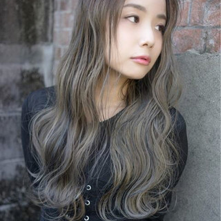 外国人風 バレイヤージュ ロング ハイライト ヘアスタイルや髪型の写真・画像