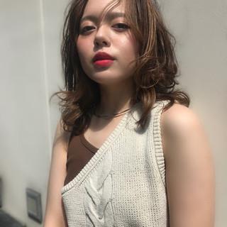外国人風カラー ニュアンスウルフ 透明感カラー ナチュラル ヘアスタイルや髪型の写真・画像