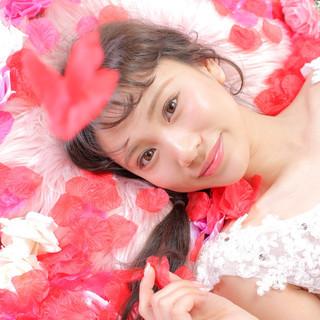 ロング アンニュイほつれヘア 結婚式ヘアアレンジ 編みおろしヘア ヘアスタイルや髪型の写真・画像