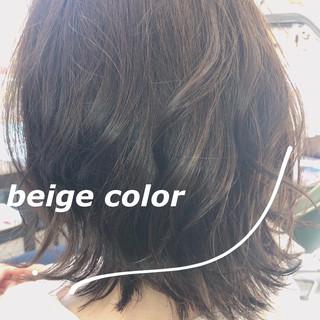 切りっぱなしボブ 外国人風カラー モード ヌーディベージュ ヘアスタイルや髪型の写真・画像 ヘアスタイルや髪型の写真・画像