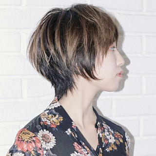 アッシュ マッシュ ニュアンス グラデーションカラー ヘアスタイルや髪型の写真・画像