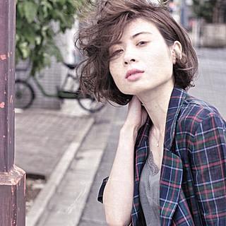 ストリート アッシュ ボブ 大人ヘアスタイル ヘアスタイルや髪型の写真・画像