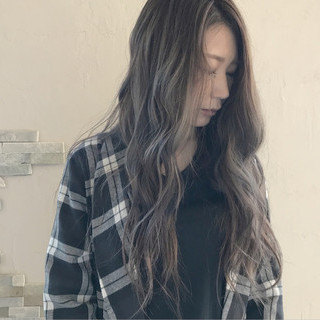 透明感 ロング バレイヤージュ 秋 ヘアスタイルや髪型の写真・画像