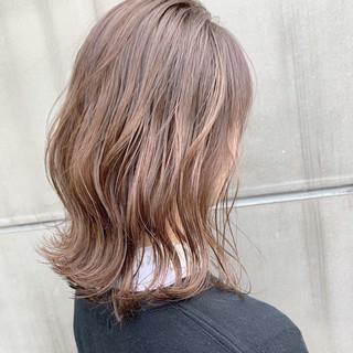 インナーカラー ベリーショート ナチュラル ウルフカット ヘアスタイルや髪型の写真・画像