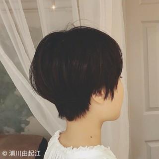 暗髪 モード 切りっぱなし ショート ヘアスタイルや髪型の写真・画像