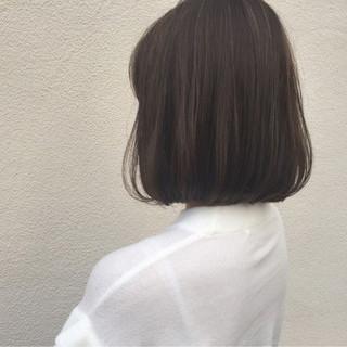 ナチュラル 切りっぱなし 大人女子 ワンカール ヘアスタイルや髪型の写真・画像
