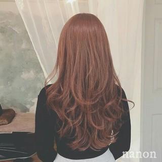 ウェーブ 上品 アンニュイ ハイライト ヘアスタイルや髪型の写真・画像