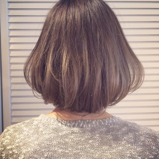 グレージュ ダブルカラー ストリート 外国人風 ヘアスタイルや髪型の写真・画像