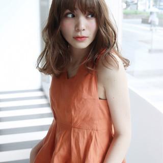 ハイトーン 夏 アンニュイ 涼しげ ヘアスタイルや髪型の写真・画像