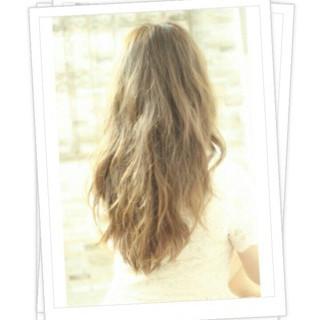 ガーリー 外国人風 くせ毛風 大人かわいい ヘアスタイルや髪型の写真・画像