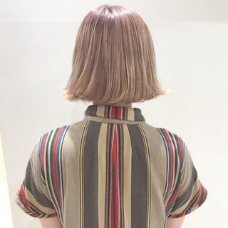 ブリーチ ピンク ホワイト ブラウンベージュ ヘアスタイルや髪型の写真・画像 ヘアスタイルや髪型の写真・画像