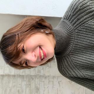 切りっぱなしボブ ウルフカット ナチュラル ショートヘア ヘアスタイルや髪型の写真・画像 | [新宿]内田航 柔らかストレートとミディアムボブ / joemi by unami
