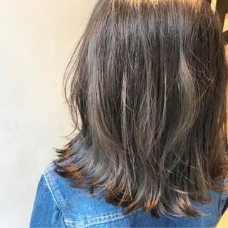 アッシュベージュ ナチュラル グレージュ ヌーディベージュ ヘアスタイルや髪型の写真・画像