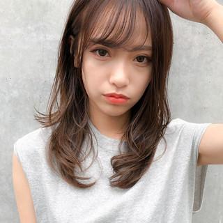 ナチュラルブラウンカラー レイヤーカット 透明感カラー ナチュラル ヘアスタイルや髪型の写真・画像
