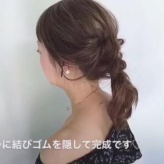ヘアアレンジ セミロング デート ルーズ ヘアスタイルや髪型の写真・画像