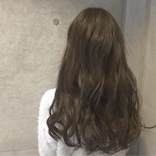 暗髪 外国人風 アッシュ ナチュラル ヘアスタイルや髪型の写真・画像