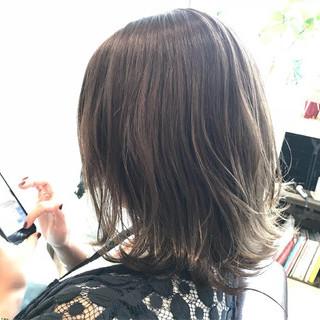エフォートレス ナチュラル ミディアム 外国人風カラー ヘアスタイルや髪型の写真・画像