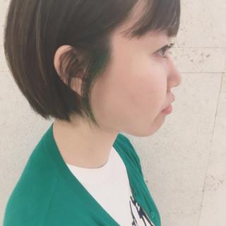 インナーグリーン グリーン ショートボブ ボブ ヘアスタイルや髪型の写真・画像