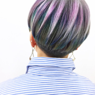 刈り上げ ハイトーン 大人女子 ストリート ヘアスタイルや髪型の写真・画像