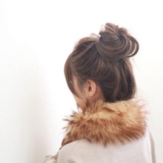 セミロング まとめ髪 大人女子 秋 ヘアスタイルや髪型の写真・画像 ヘアスタイルや髪型の写真・画像