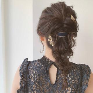 ポニーテールアレンジ フェミニン セミロング ヘアアレンジ ヘアスタイルや髪型の写真・画像