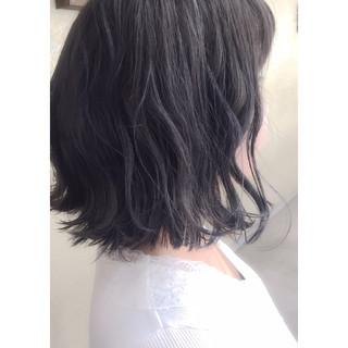 ネイビー ブルー モード 暗髪 ヘアスタイルや髪型の写真・画像