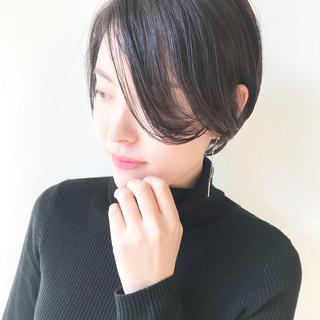 コンサバ 小顔ショート ショート 秋冬ショート ヘアスタイルや髪型の写真・画像