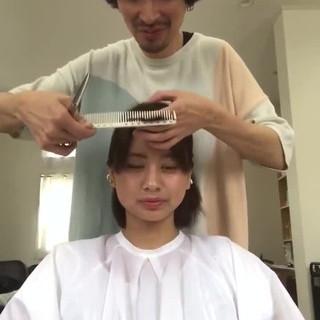 ボブ 前髪パッツン 簡単ヘアアレンジ フェミニン ヘアスタイルや髪型の写真・画像