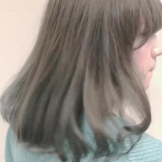 簡単ヘアアレンジ アッシュ フェミニン デート ヘアスタイルや髪型の写真・画像