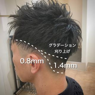 刈り上げ メンズ アップバング ショート ヘアスタイルや髪型の写真・画像