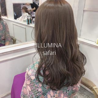 ヘアアレンジ ヘアカラー ミルクティーベージュ グレージュ ヘアスタイルや髪型の写真・画像