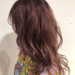 ゆるふわ アンニュイ ピンク ガーリー ヘアスタイルや髪型の写真・画像