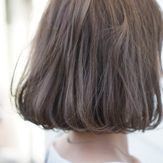 ベージュ ミルクティーベージュ ボブ アッシュベージュ ヘアスタイルや髪型の写真・画像