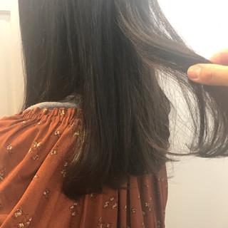 ラベンダーピンク グレージュ ミディアム 暗髪 ヘアスタイルや髪型の写真・画像