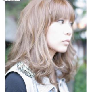 フェミニン 外国人風 グラデーションカラー ストリート ヘアスタイルや髪型の写真・画像