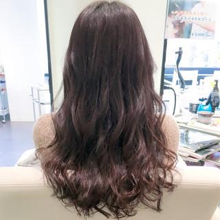 フェミニン 暗髪 イルミナカラー 外ハネ ヘアスタイルや髪型の写真・画像
